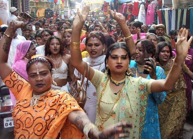 Hijras en el festival de Koovagam