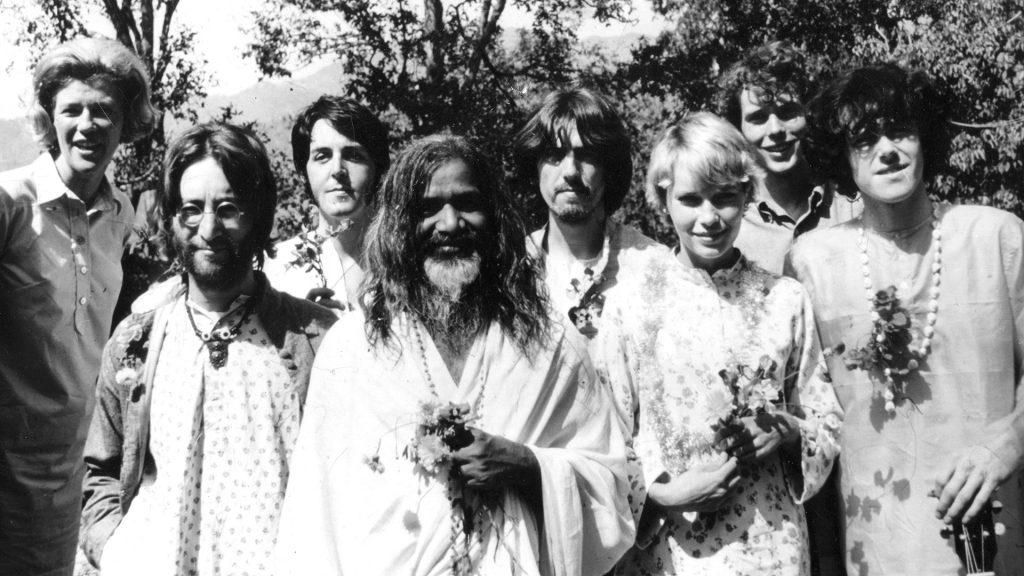Los Beatles en India