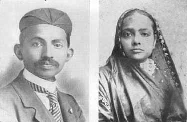 Gandhi y Kasturbai en 1902