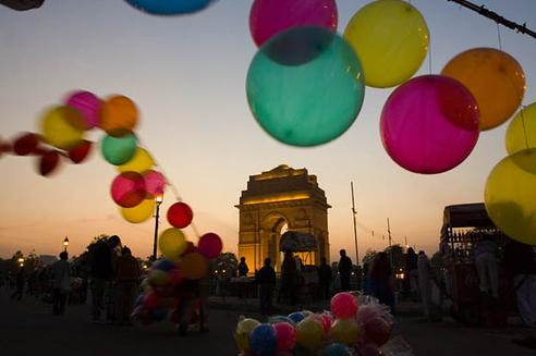 Globos en The Gate of India (Delhi). Foto por Captain Suresh.
