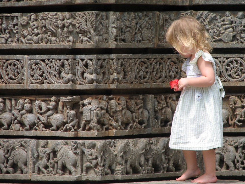 Child at Kesava Temple Somanathpur (Karnataka, India)