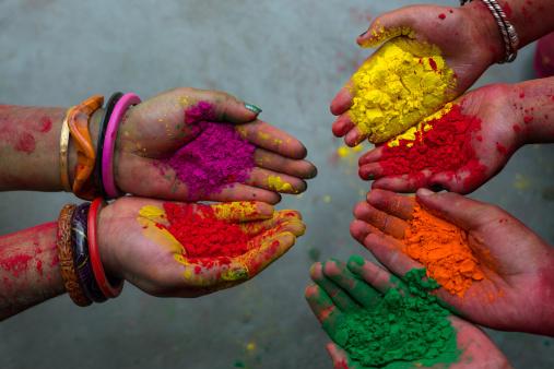 Holi Colours. Viajar a India en marzo