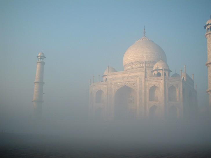 Ventajas de recorrer India con guía acompañante en castellano - Taj Mahal