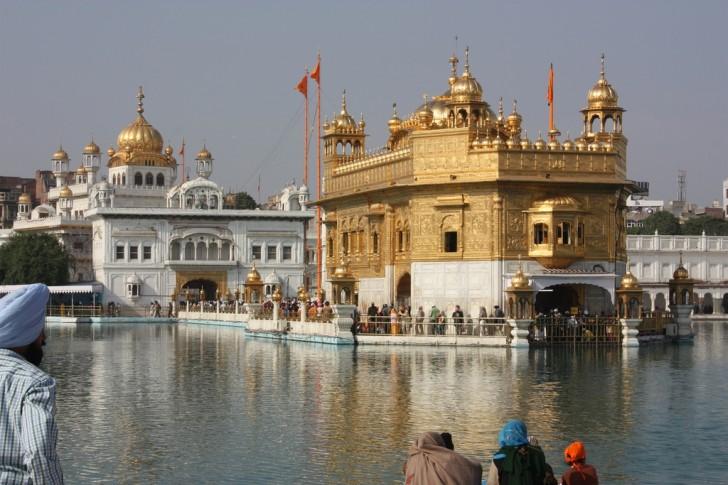 Templo Dorado de Amritsar -