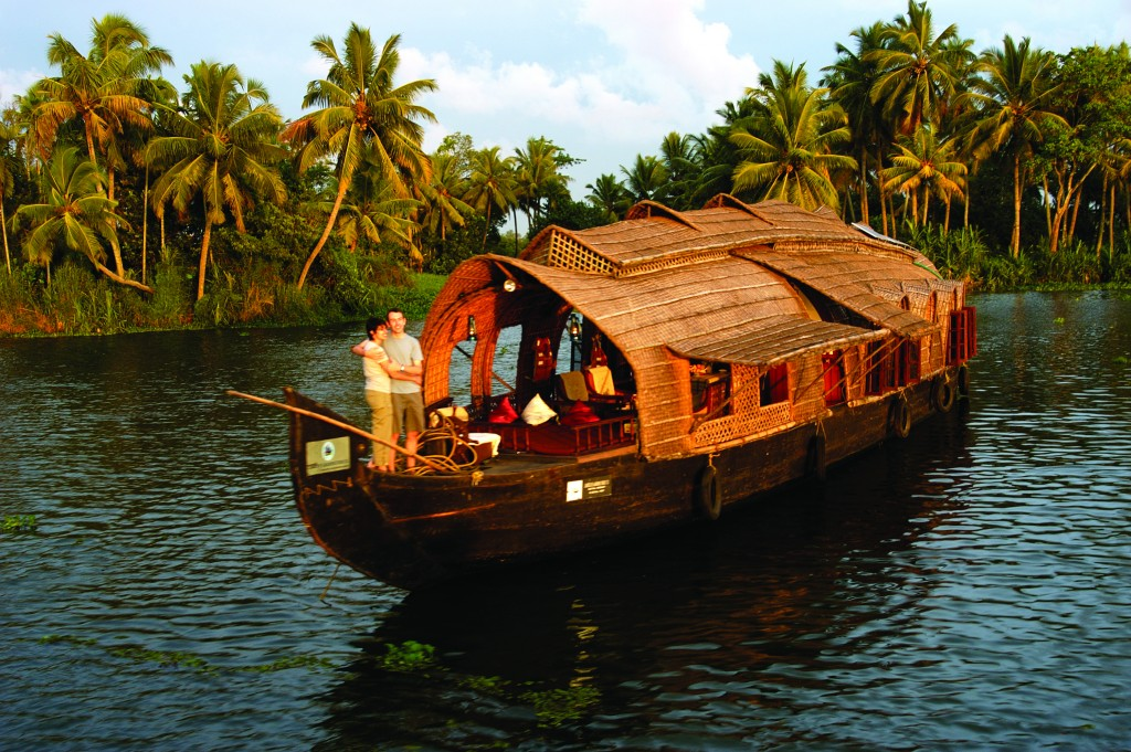 Kerala backwaters - places for a honeymoon