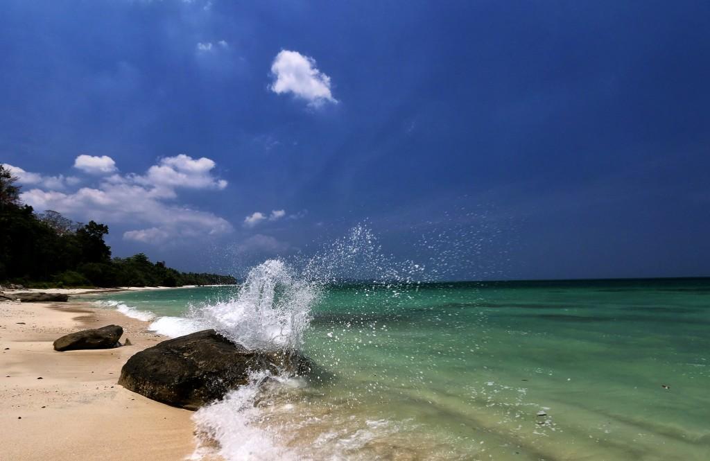 Diving in the Indian Ocean: Beach in Havelock Island