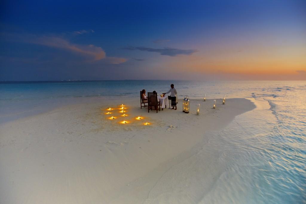 Luna de miel en India: Sandbank Dinner en Maldivas