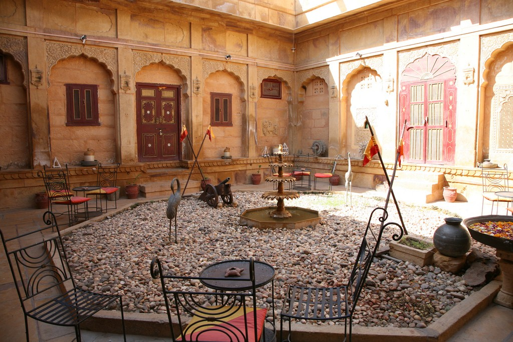 What to see in Jaisalmer - Haveli - Sputnik Mania