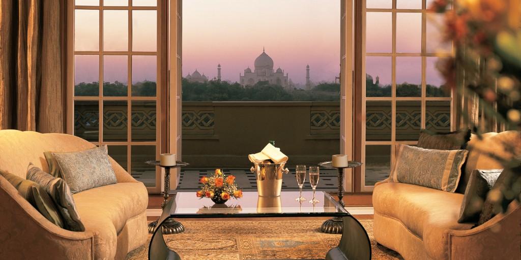 Hoteles en India. Balcón de la suite Kohinoor en Amarvilas Agra