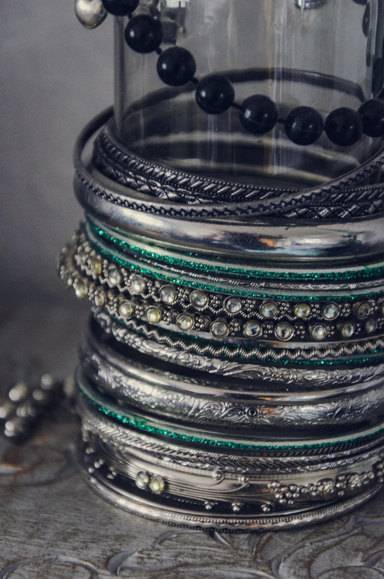 a345759e351f Comprar joyas en India - Brazaletes de plata
