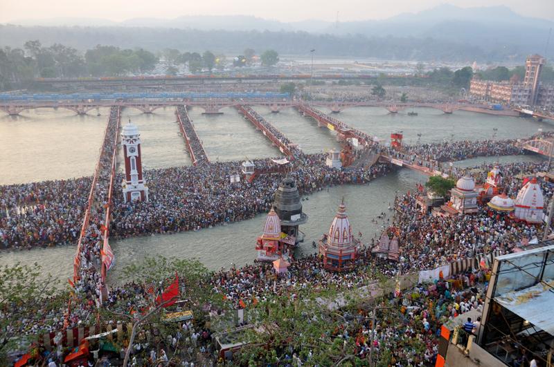 Kumbh Mela in Haridwar - Third Holy Bath in Hari Ki Pauri