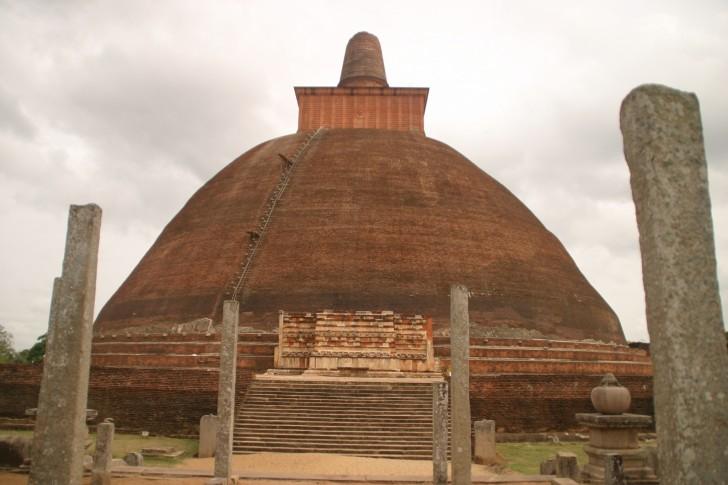 Templos de Anuradhapura - Estupa Abhayagiri Dagoba