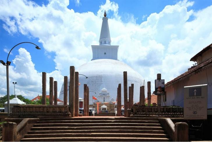 Viajar a Sri Lanka en Navidad. Anuradhapura