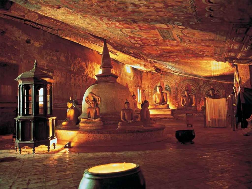 Viajar a Sri Lanka en Navidad. Cuevas de Dambulla
