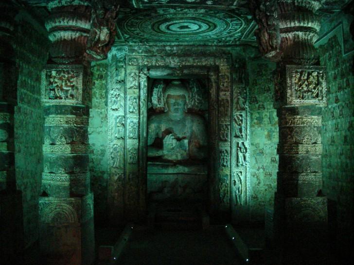 Cuevas de Ajanta - Esculturas