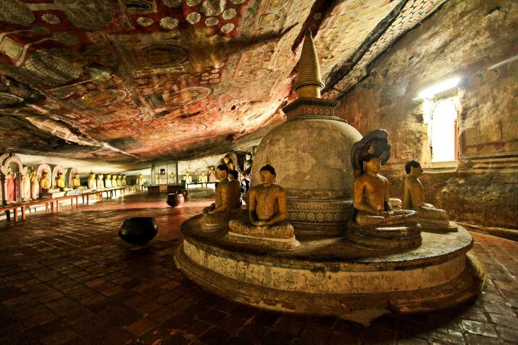 Viajar a Sri Lanka en enero - Cuevas de Dambulla - Cuándo viajar a Sri Lanka