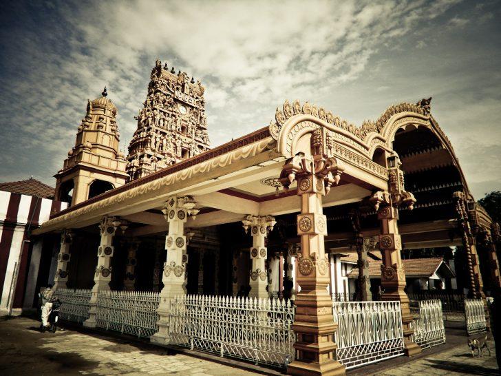 Viajar a Sri Lanka en mayo - Templo hindú
