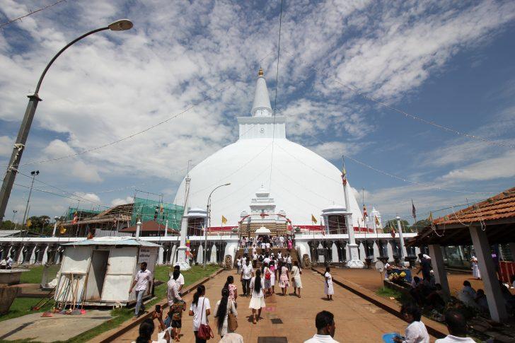 Malaria en Sri Lanka - Festivo en Anuradhapura