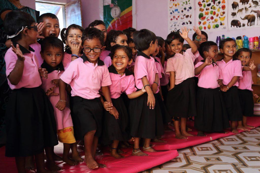 Niños en la ONG Sonrisas de Bombay