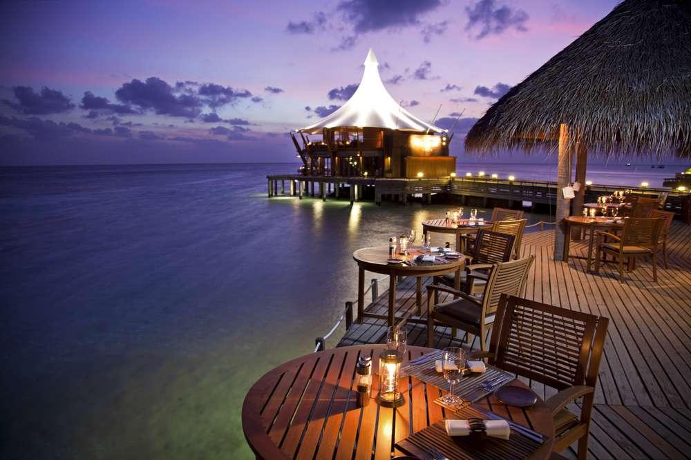 El primer restaurante submarino del mundo