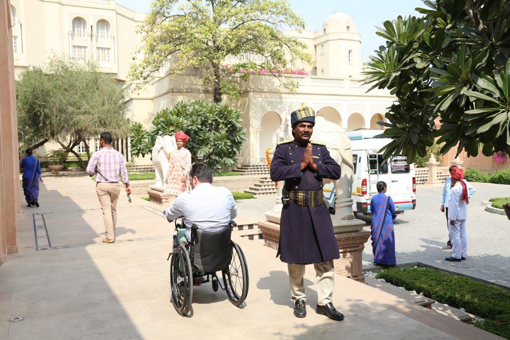 India Accesible - fran-llegando-a-amarvilas