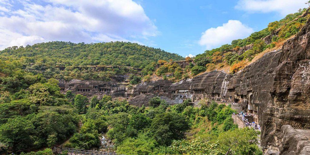 Panorámica de las Cuevas de Ajanta