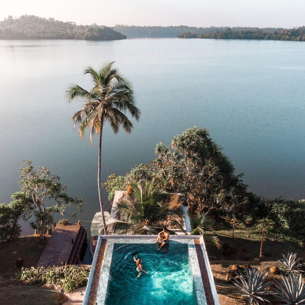Infinity Pool de Lake Villa With Pool en Tri Lanka en Sri Lanka