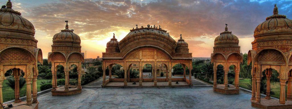 Chatris de la ciudad de Jaisalmer en India