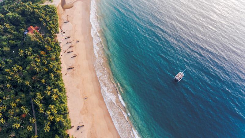 Playa de Sri Lanka vista desde el aire