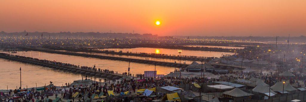 Peregrinos durante el Kumbh Mela en Allahabad