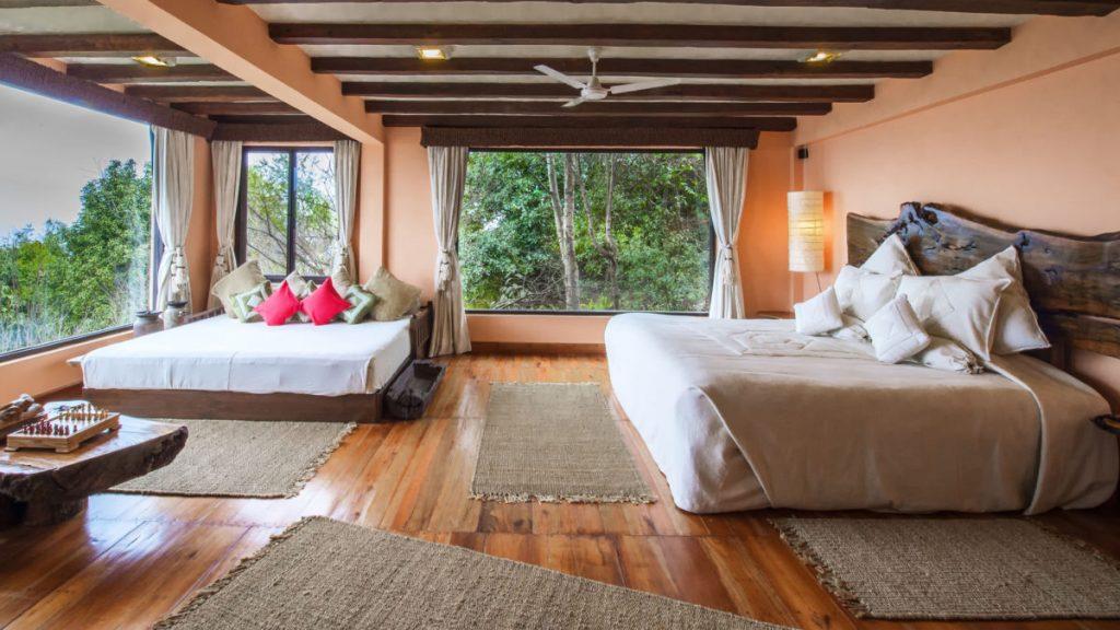 Suite del Dwarika Resort con vistas al Valle de Katmandú