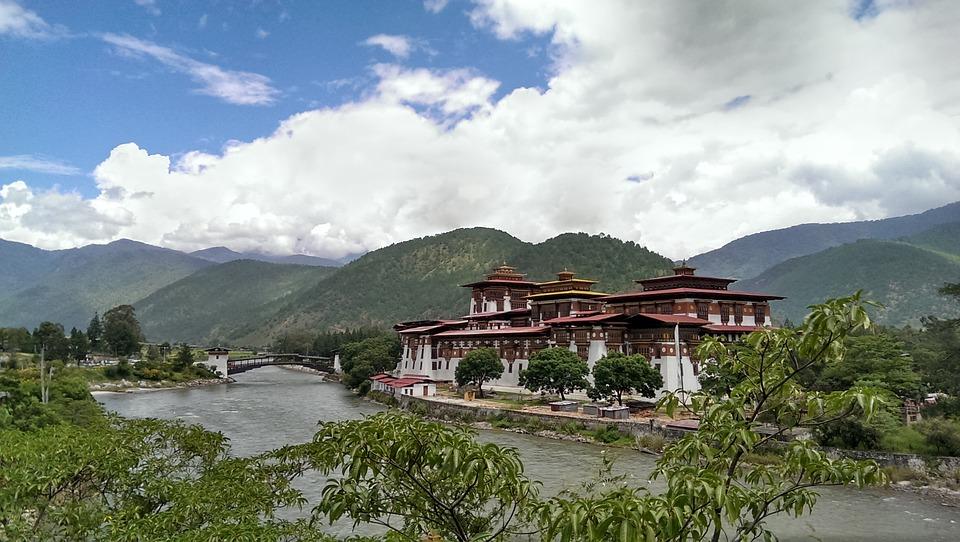 El dzong de Punakha es uno de los más famosos de Bután