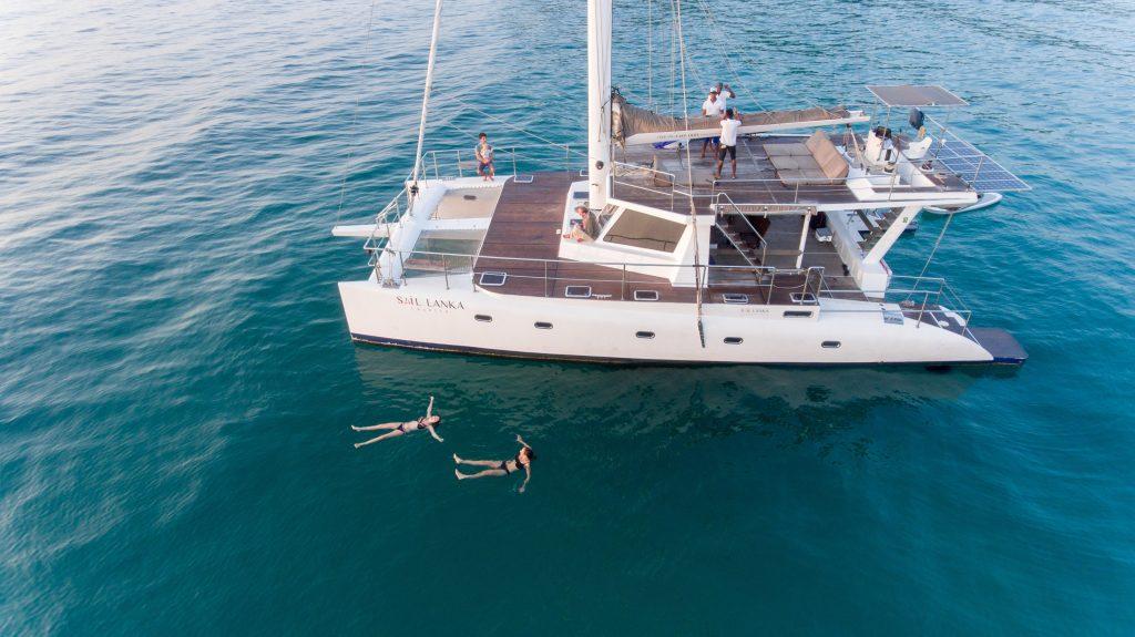 Catamarán privado de lujo en Sri Lanka
