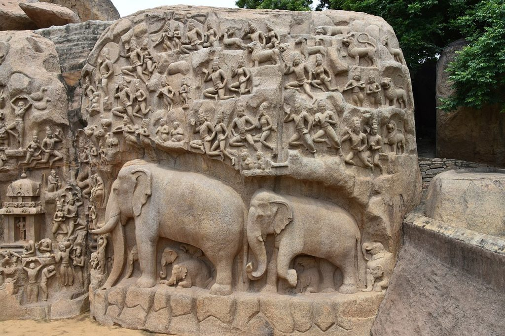 Elefante en relieve en Descenso del Ganges de Mahabalipuram