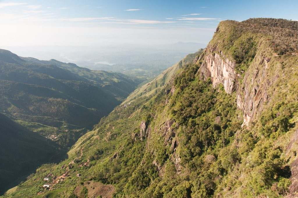 Mirador Fin del Mundo de Sri Lanka cerca de Nuwara Eliya