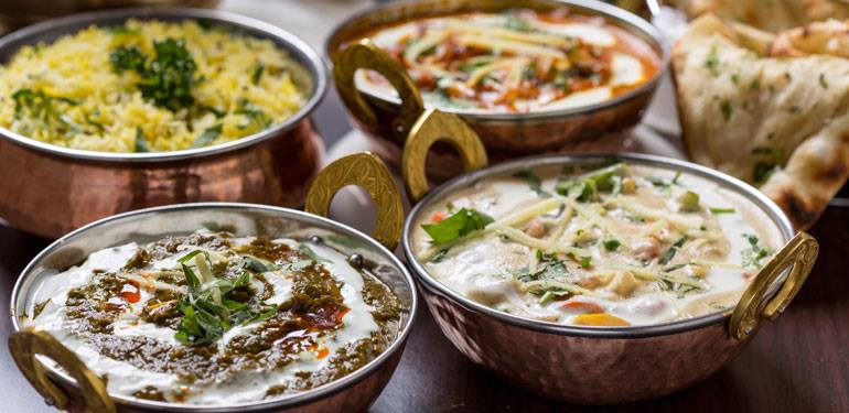 Tikka massala y otros platos indios en Taj Mahotsav