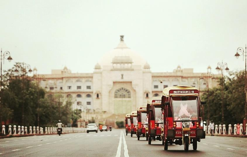Tour of Albert Hall and Jaipur with Pink City Rickshaw