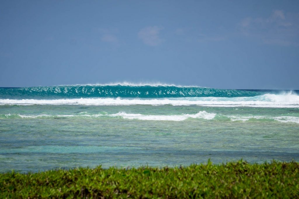 Olas surferas en las islas Andamán
