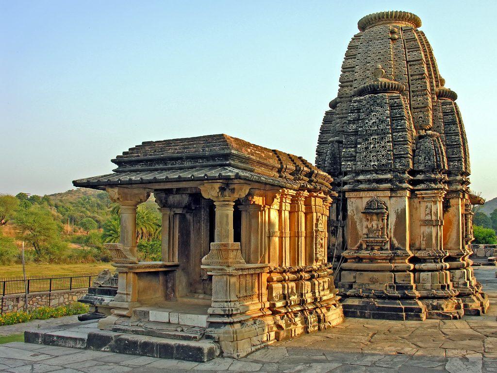 Templos de Eklingji y Nagda