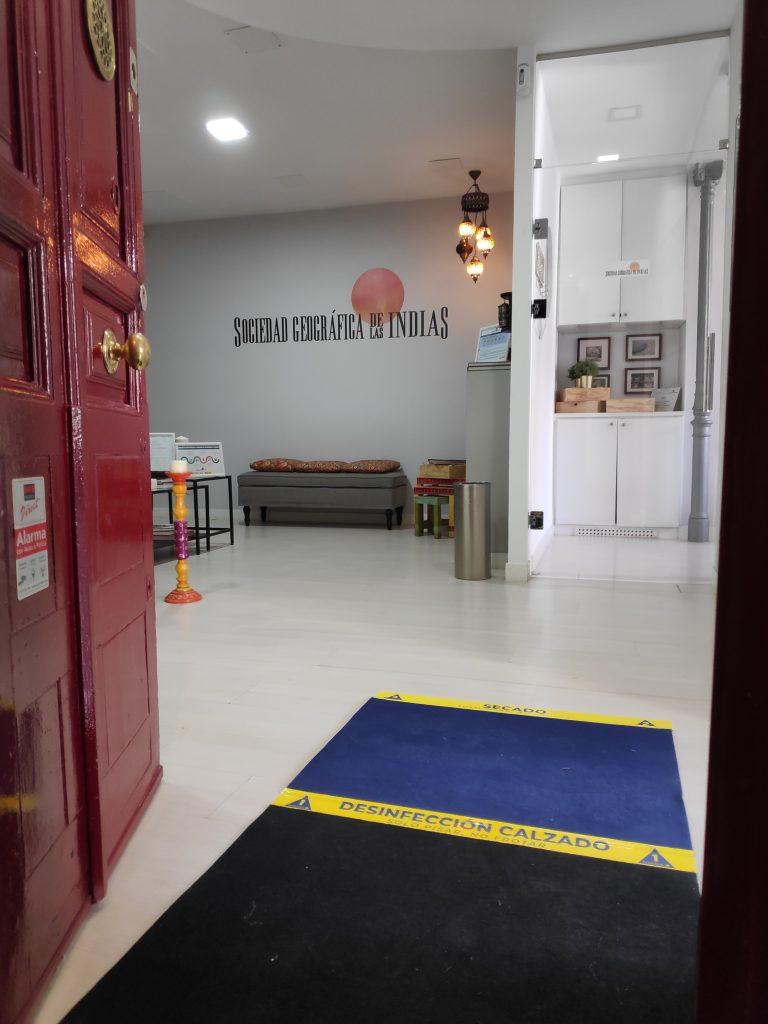 Agencia de iajes desinfectada