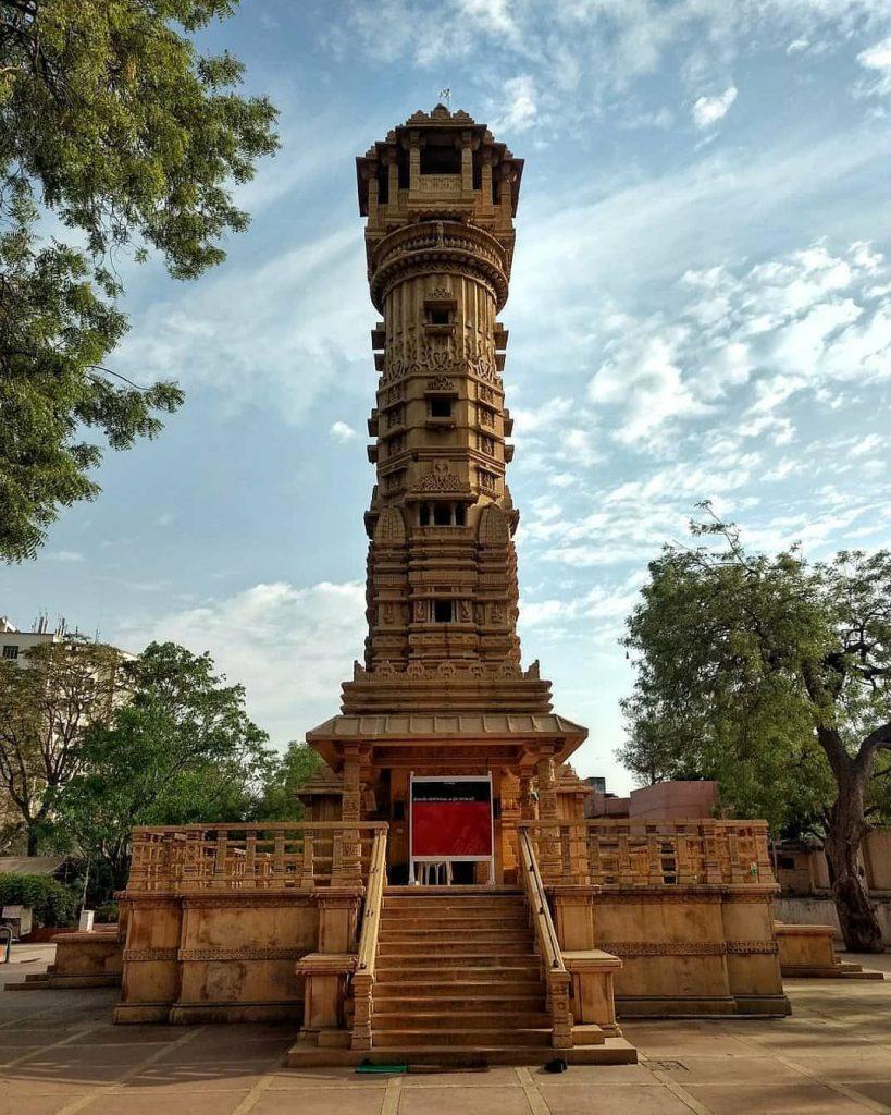 Qué templos visitar en Ahmedabad