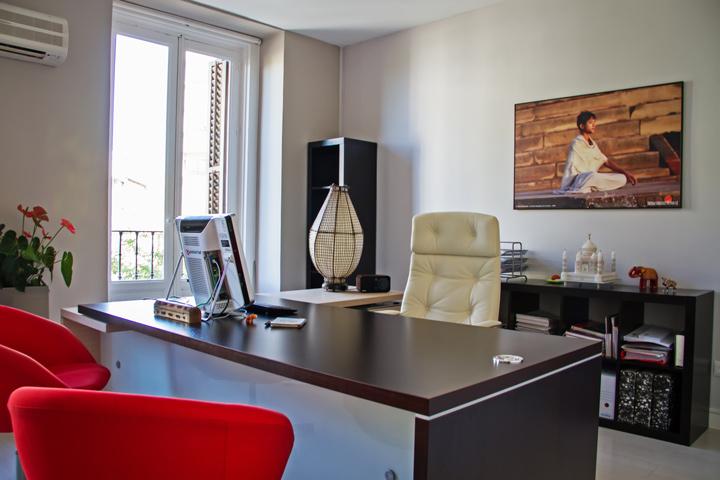 Nuestras oficinas madrid nueva delhi y agra sociedad for Oficina 42 madrid