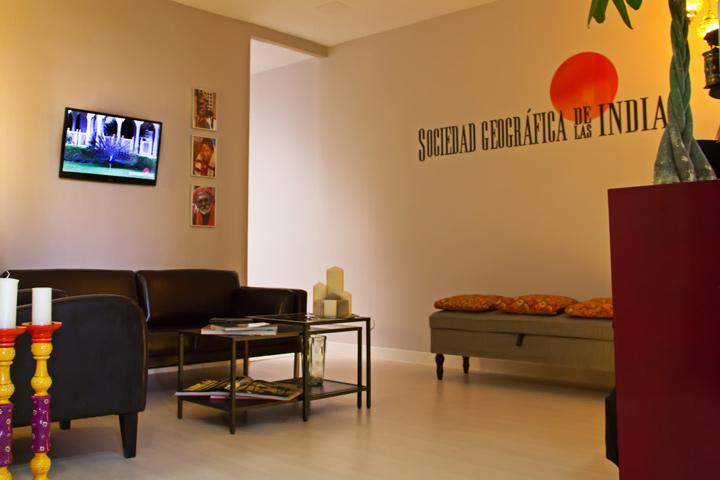 Nuestras oficinas madrid nueva delhi y agra sociedad for Viajes ecuador madrid oficinas